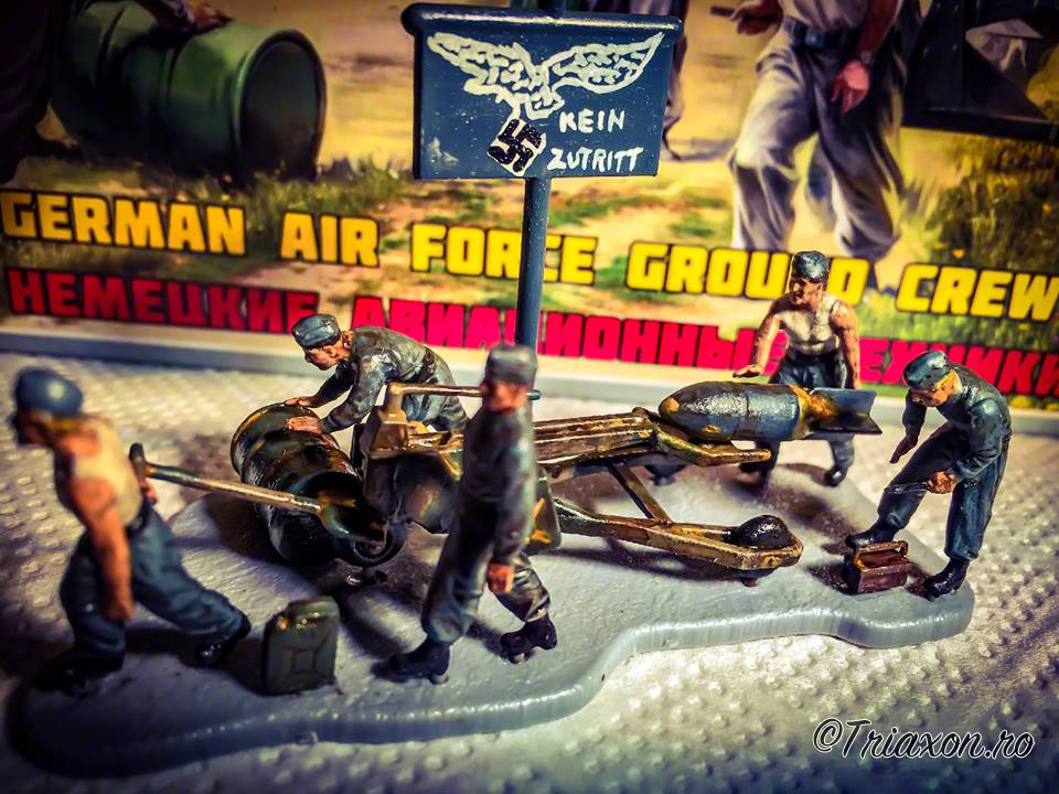 WWII - German Air Force Ground Crew - Zvezda, 1:72 scale