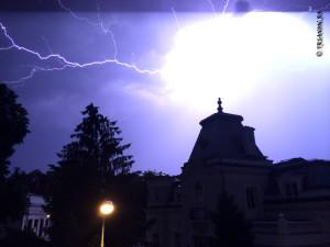 Fulger - Lightning Furtuna Bucuresti