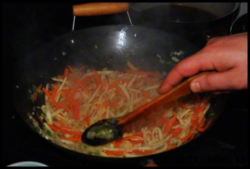chinese_food_pinneaple_chicken_pui_chinezesc_ananas4